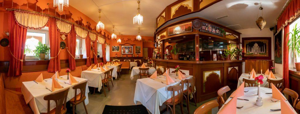 Gastraum des Restaurants Shiraz